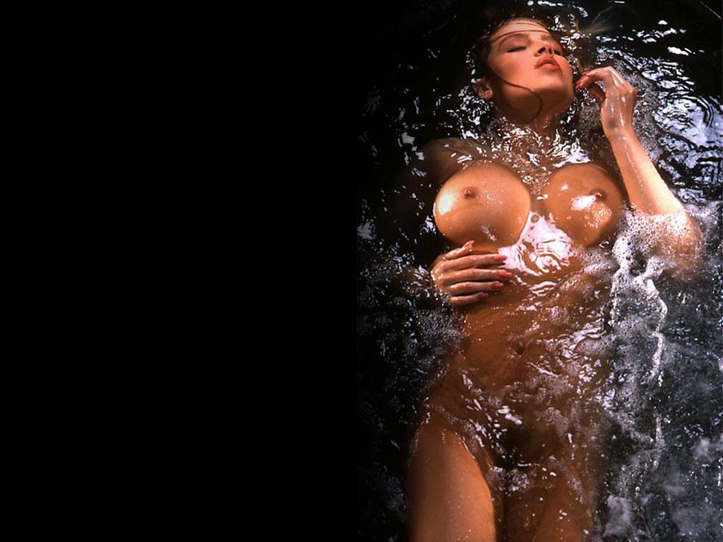 Очень мокрая киска  Pornhubcom