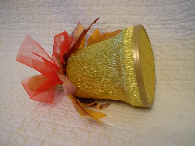 Как сделать колокольчик из конфет своими руками пошаговое